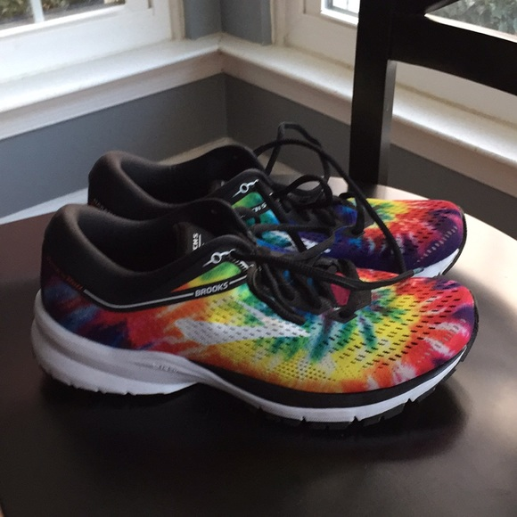1d814554447 Brooks Shoes - Brooks Launch 5 Rock N Roll Marathon size 8
